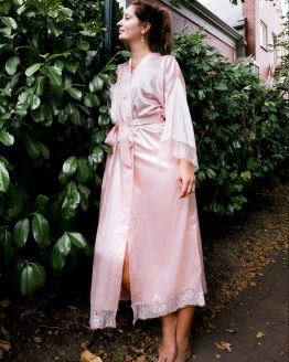 Kimono satijn long lace powder rose