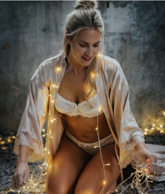 kimono long lace rose gold in kerstsfeer